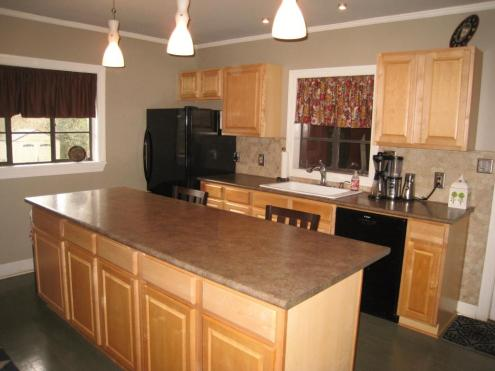 3rdterrace-kitchen.jpg