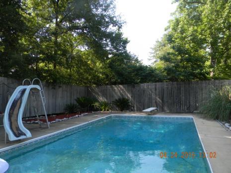 mandalay pool.jpg